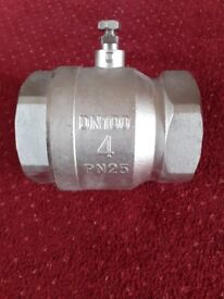 """New S A S Steel 4"""" Ball Valve PN25 DN100 MS58"""