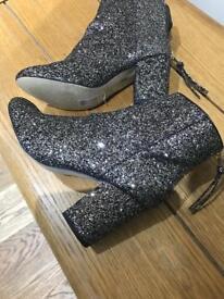 River island Glitter boots