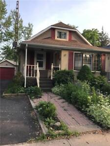 37 DUFFERIN Street Welland, Ontario