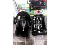 Baby Graco car seat + car seat holder