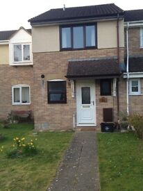 2 x Dbl bedroom Mid terrace house with Parking