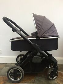 Oyster 2 chassis, seat unit and carrycot for sale
