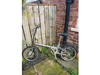 Folding Electric bike (spares or repairs)