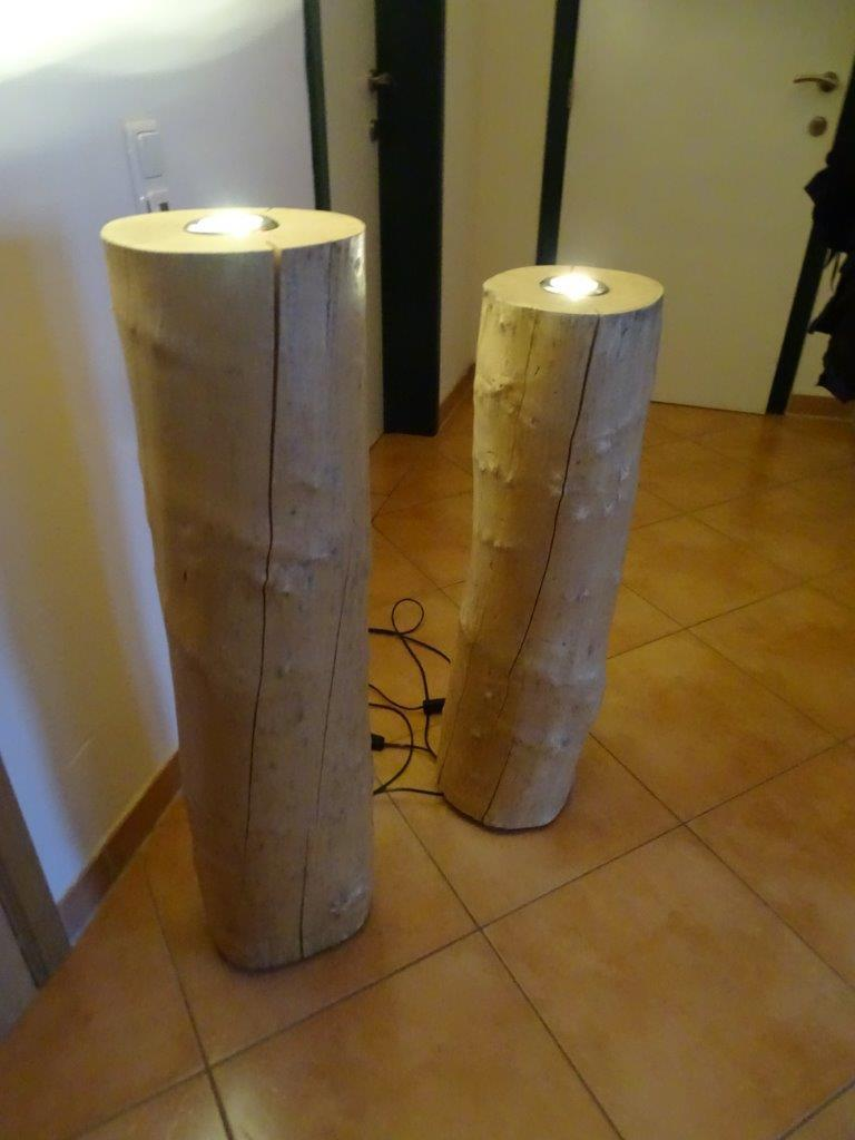 deckenfluter buche stehlampe baumstamm lampe stammholz led. Black Bedroom Furniture Sets. Home Design Ideas