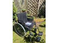 Foldable Wheelchair - like New