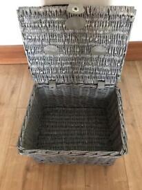 Baskets x 2 @ 20