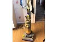 For sale dyson Hoover / vacuum for spares