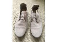 Ladies Beige genuine suede leather flat shoes, boots size 7, EU 40, excellent condition