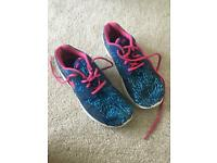 Nike trainers - ladies - size 5.5