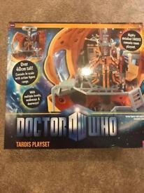 11th Doctor tardis playset