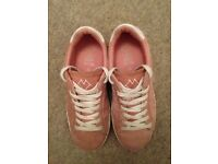 Girls Pumps / Trainers Size 33 / UK 1 Zara