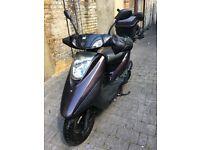 Yamaha Vity 125 Moped Scooter Motorbike For SALE