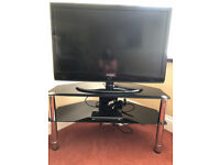 TV - 40inch Samsung with freesat & stand