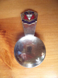 Vintage chrome plated tea caddy spoon, enamel crest, souvenir of Bognor Regis (West Sussex). £4 ovno