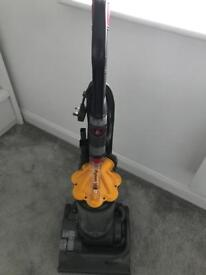 Dyson DC33 Fully Working Great Condition All Tools BARGAIN