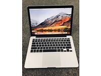 Apple MacBook Pro 13 inch Retina Display, A1502, 2.4Ghz i5, 8GB ram, 256gb SSD in good condition