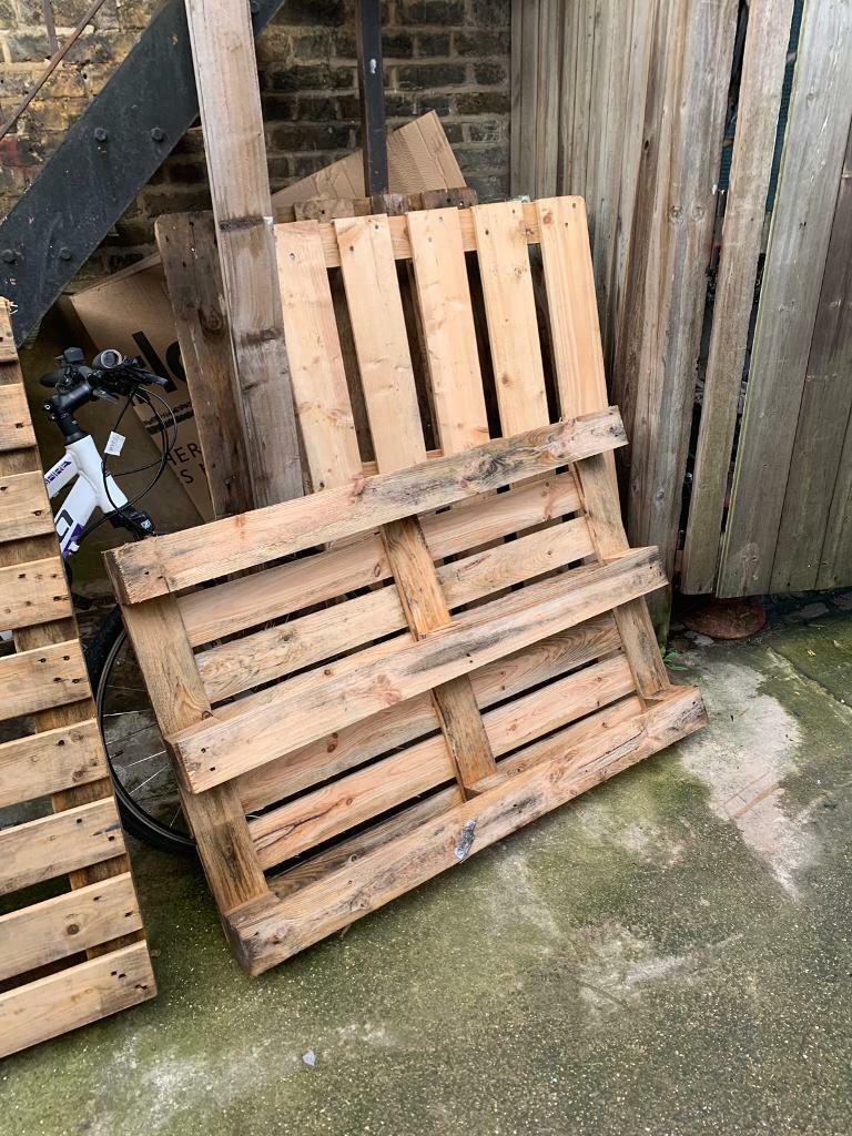 FREE Pallets, Wooden Crates   in Hackney, London   Gumtree