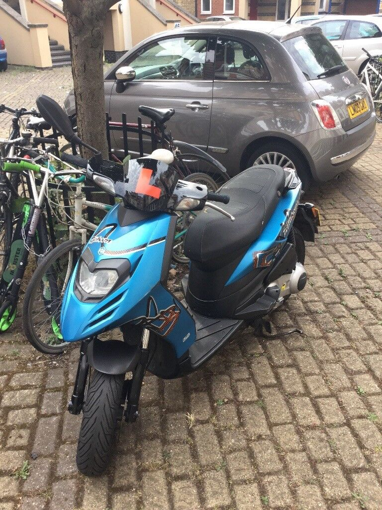 2012 piaggio typhoon 125 4t with few extras van needed to collect