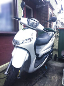 Peugeot Tweet 125cc scooter for sale