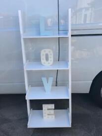 Wall mountable white ladder shelf