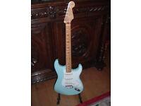 Fender STratocaster Classic 50's reissue Daphne Blue