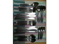 44 piece cutlery set