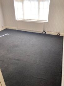 :: Halesowen :: With Off Road Parking :: Unfurnished 1 Bed Apartment on the First Floor ::