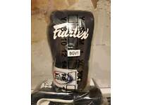 Brand New Fairtex 3 tone Boxing Gloves 3 colours available 12 & 14oz
