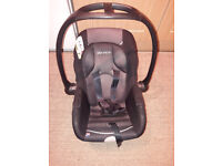 Baby car seat 0 -9 months approx