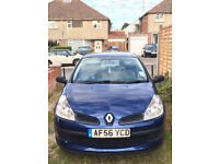 Well looked after Renault Clio for sale - Ideal first car or an ideal alternate car