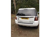 Fantastic white Freelander, one owner, loads and loads of extras