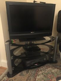 26 Inch black digital Sony Bravia TV (Freeview) with TV Stand in Excellent condition - Pick up only