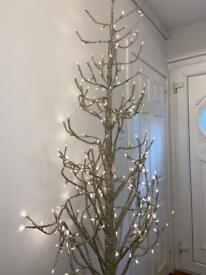 Bright glitter twig tree decor
