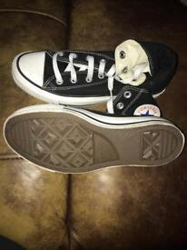 Converse Boots Size Black and White