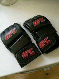 Ufc fighting gloves size L