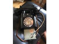 VINTAGE BAKELITE BLACK PHONE