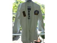 Multiple unisex martial arts outfits, various sizes, Taekwando and Choikwando