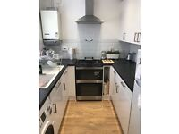 Homeswap 2 bed terraced house with garden and drive in Cricklewood for a 3 bed house/ maisonette