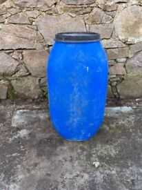 Large Plastic Barrel with Lid, Water Butt