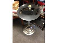 Black bar stool chair seat chrome