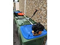 Sthil strimmer with original manual and harness
