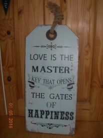 WALL PLAQUE PICTURE LOVE IS THE MASTER KEY OPENS GATES HAPPINESS SHABBY CHIC