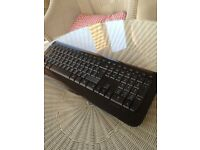 Microsoft 800 Wireless Keyboard & USB Dongle