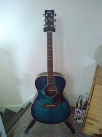 Yamaha FS 720S Acoustic Guitar + Case, Strap & Tuner