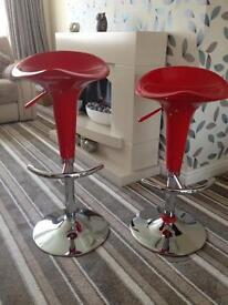 2 Barstools.... brand new