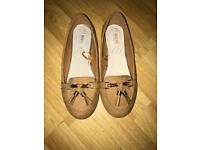 Tan loafers size 4 wide fit. Never worn