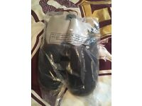 Mens slippers in packaging size 10