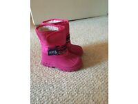 Jojo Maman Bebe children's alpine snow boots, pink, size 6. Perfect for winter not just snow.