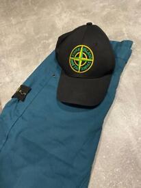 Hat & Jeans