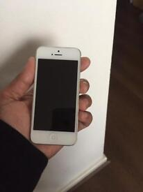 iPhone 5 64gb unlocked to all networks. Excellent condition